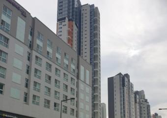 육아 부담 덜어주는 '키즈 특화' 아파트 인기...아파트 산 3040, 전년비 68%↑